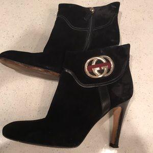 Gucci 90's vintage heel booties!
